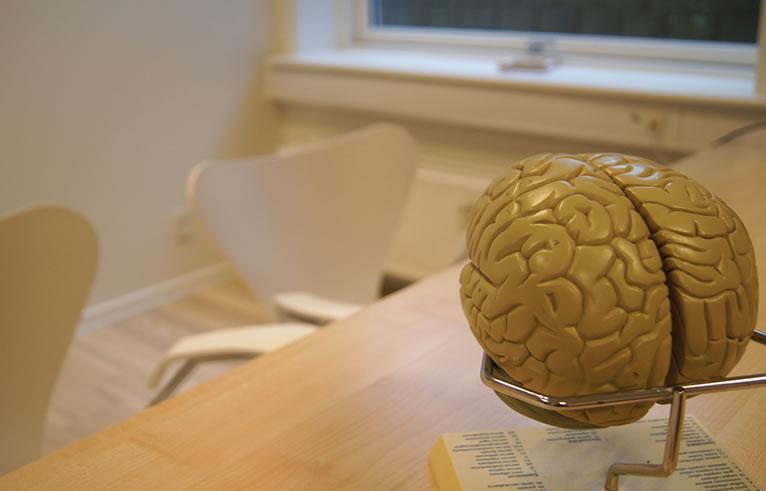 neurolog steen østergaard